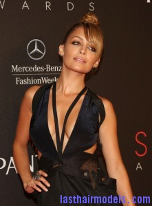 Nicole+Richie+9th+Annual+Style+Awards+Arrivals+A7h6KMxe3 il 221x300 Nicole+Richie+9th+Annual+Style+Awards+Arrivals+A7h6KMxe3 il