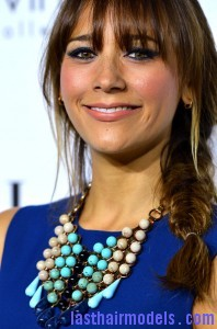 Rashida+Jones+Long+Hairstyles+Long+Braided+bQ TEVWeuwql 198x300 Rashida+Jones+Long+Hairstyles+Long+Braided+bQ TEVWeuwql