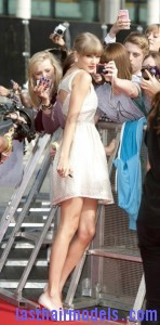 Taylor+Swift+Dresses+Skirts+Cutout+Dress+g2oMpC5nObNl 148x300 Taylor+Swift+Dresses+Skirts+Cutout+Dress+g2oMpC5nObNl