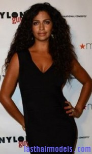 camila alves 181x300 Camila Alves With Rag Curls