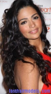 camila alves6 163x300 Camila Alves With Rag Curls