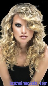 extreme curls 168x300 Hairstyle With Extreme Curls