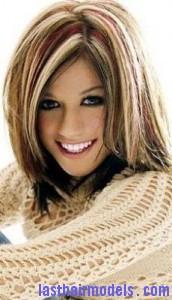 kelly clarkson4 172x300 Kelly Clarkson With Chunky Highlights
