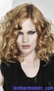curly grunge hair