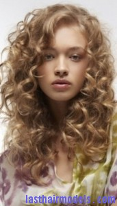 side-parted curls