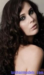 voluminous curls5