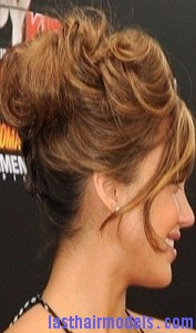 voluminous looped bun3