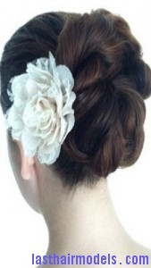 voluminous looped bun6