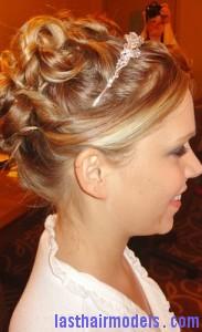 pin curl updo3