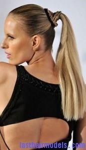 streaked ponytail4