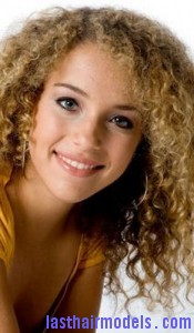 smooth frizzy hair7