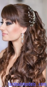 pulled back curls8