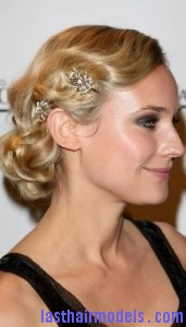 pinned hairstyle7