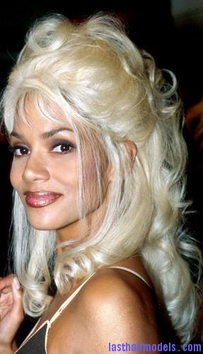 white hair blue4