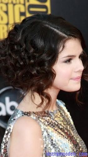 saloon girl hair7