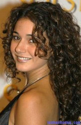 curl resistant hair2