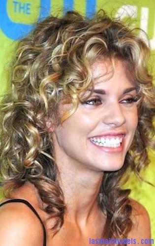 curl resistant hair5