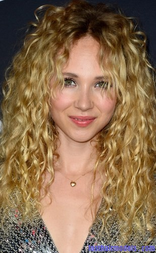 frizz-curly-hairstyle