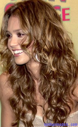 frizz-curly-hairstyle2
