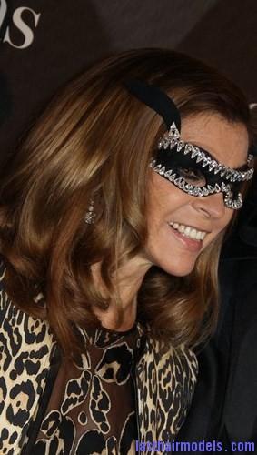 masquerade-ball-hair3